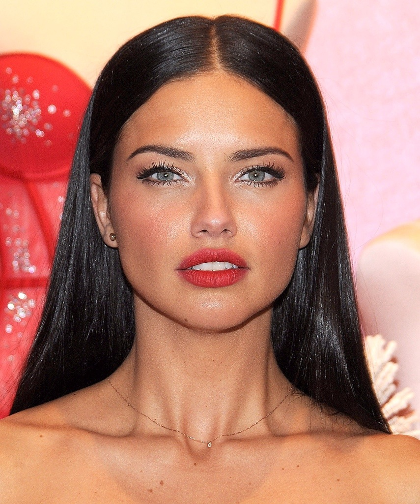 Adriana Lima: 10 Best Celebrity Eyebrows