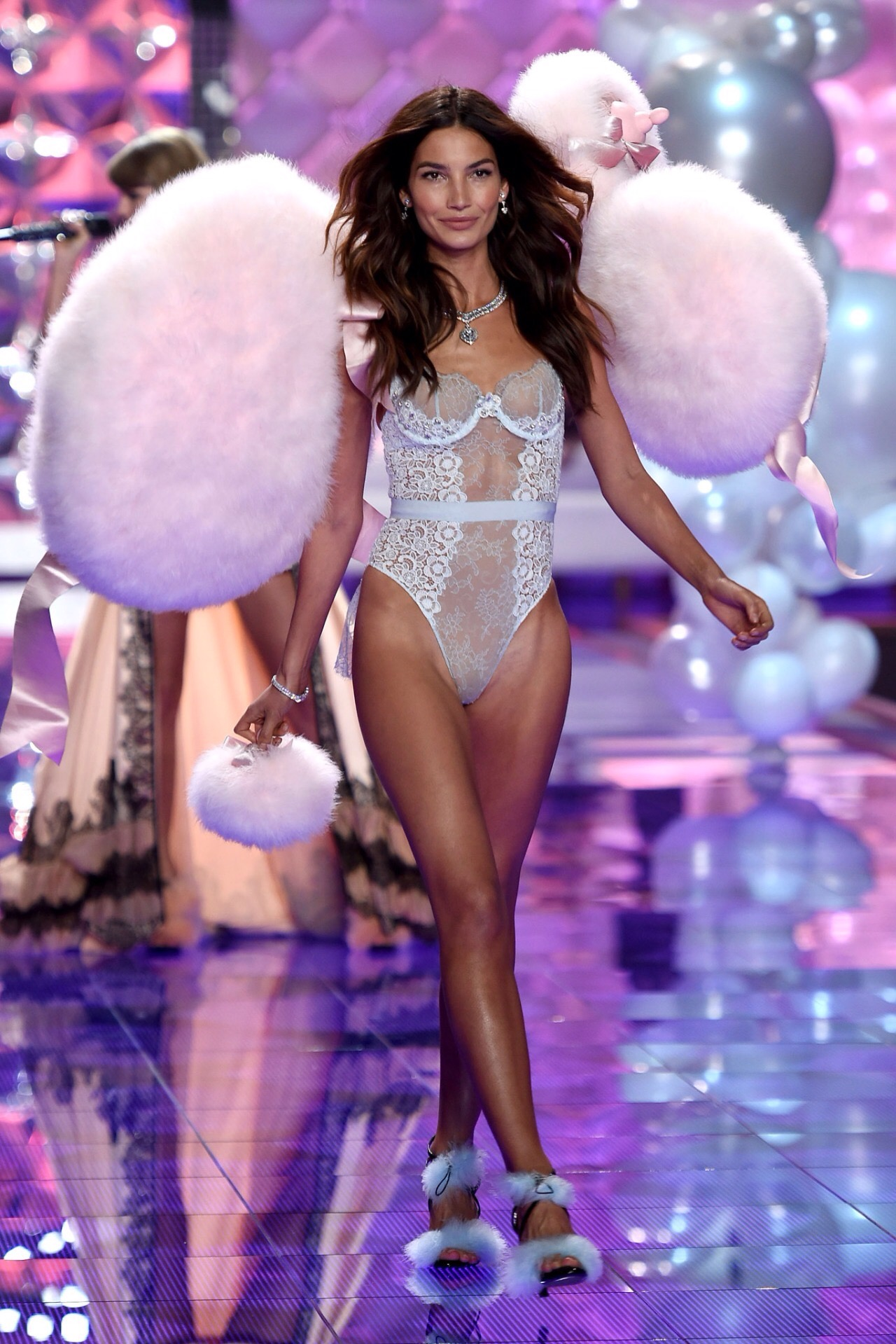 Vs Fashion Show  London Opening Song